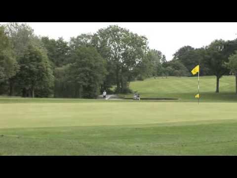 Bentley Golf Green Keeper Interview 01