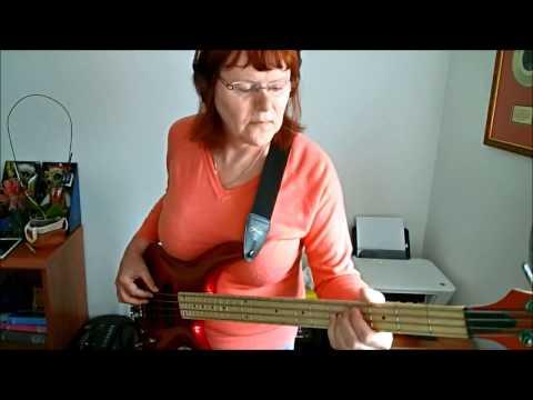Luka - Suzanne Vega - Bass Cover