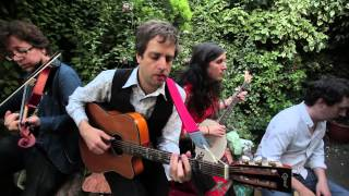 The Bara Bara Band - Ramble Away (traditional)