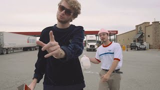 Yung Gravy & bbno$ - iunno [Official Music Video]