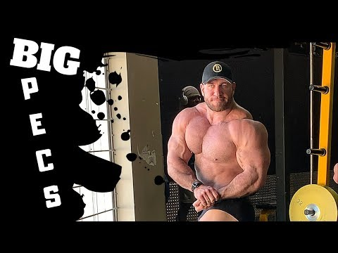 Chest Workout At Gold's In Calgary!