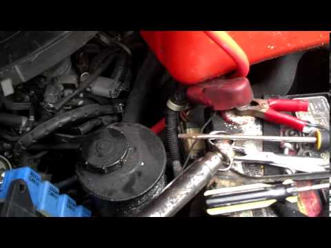 95 nissan truck hot wire fuel pump test - YouTube on nissan 720 fuel filter, nissan 720 engine diagram, nissan 720 vacuum diagram,