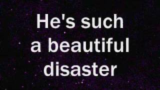 Kelly Clarkson - Beautiful Disaster Lyrics