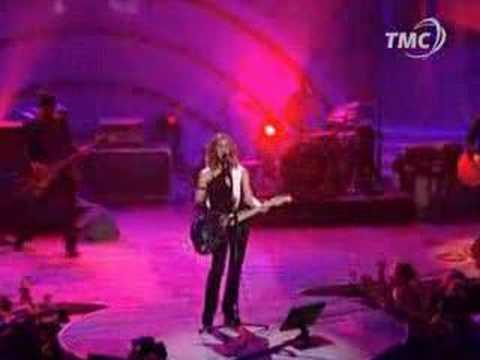 Alanis Morissette  Crazy  @ World Music Awards