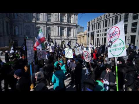 La Meute Protest Outside Montreal City Hall Against M103 Saturday March 4 2017 00006