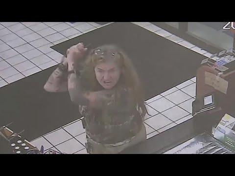 Machete-wielding woman caught on camera
