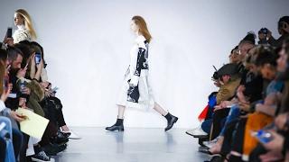 Zeynep Tosun | Fall/Winter 2018/19 | Mercedes Benz Fashion Week Istanbul