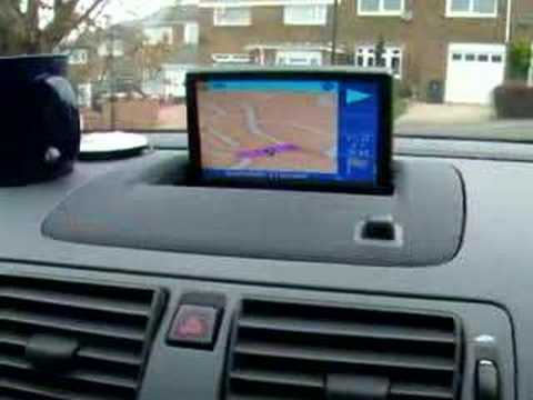 VOLVO S40 T5 DVD AND SAT NAV THROUGH SCREEN - YouTube