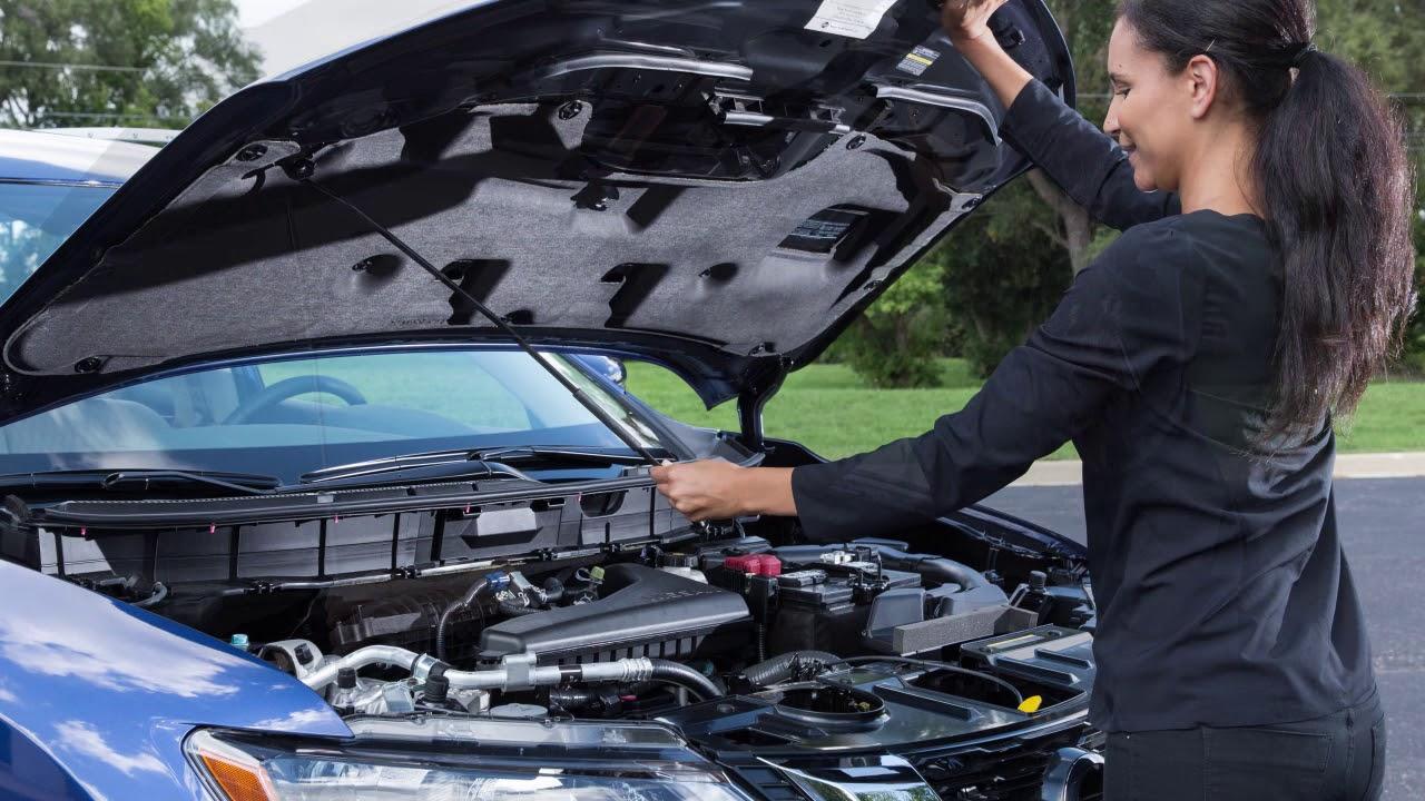 Nissan Rogue Owners Manual: Hood
