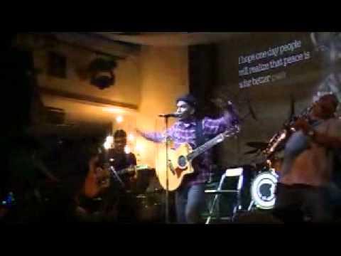 Glenn Fredly - Terang live at Hard Rock Cafe Jakarta 2010