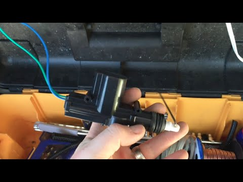 1997 - 2001 jeep cherokee xj rear door / hatch lock fix