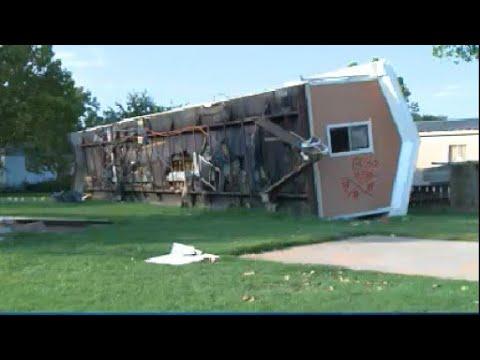 KXAN - Hundreds devastated by Harvey in La Grange look for long-term help