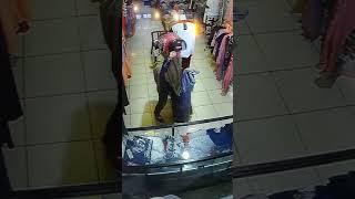 Ini video full aksi pencurian yang terekam CCTV di Majene