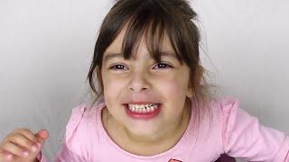 CAÇA BONECA LOL PETS ORIGINAL NO PARQUINHO - VIDEO FOR KIDS WITH CLUBINHO DA LAURA