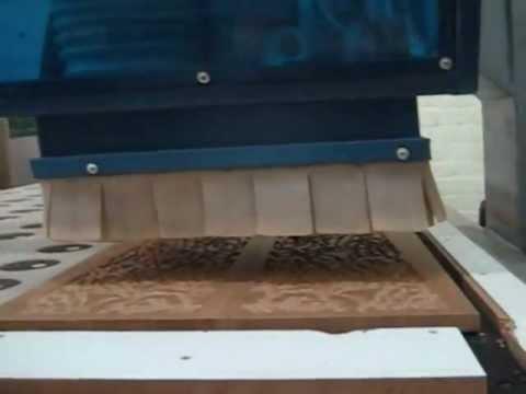 Фрезерный станок с автоматической сменой инструмента