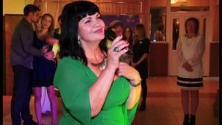 Трогательная песня мамы для дочери Алины на свадьбе: