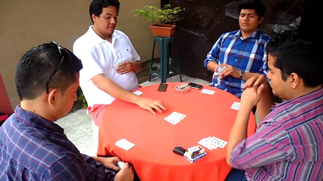 Juegos Tradicionales De Quito El Cuarenta - 17 Fotos de Ecuador - Los juegos de patio son los ...