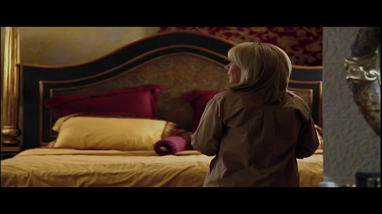 مشهد قوي مسلسل الملكة هدى حسين Youtube