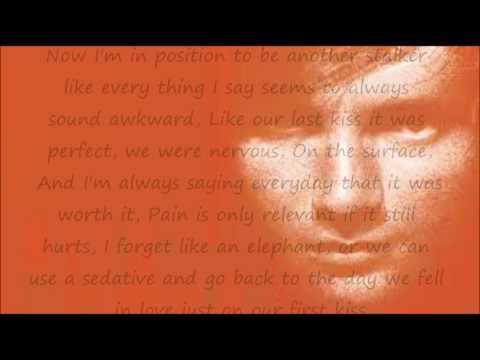 U.N.I karaoke with lyrics