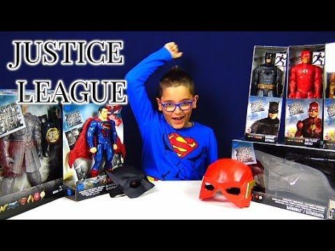 JUSTICE LEAGUE E I GIOCATTOLI DEL FILM - Leo Toys