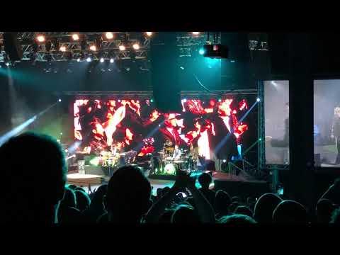 Elton John in Beirut- Crocodile Rock