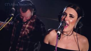 Dexter - 'Ain't No Mountain High Enough' / Marvin Gaye (Cover) Live In Session at The Silk Mill