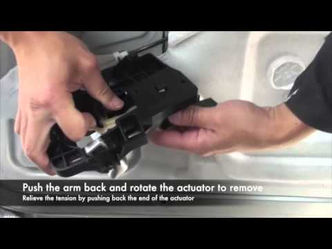 Fixing A Peugeot 1007 Sliding Door Fault Youtube