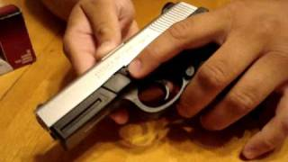 Video Smith & Wesson SW9VE 9MM Take Down and Reassembly download MP3, 3GP, MP4, WEBM, AVI, FLV Januari 2018