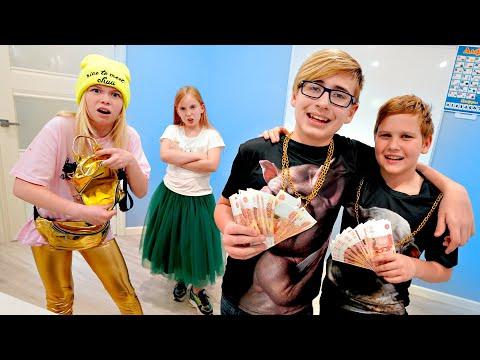 Ростя стал ПЛОХИМ ПАРНЕМ! Богатые школьники потратили все деньги?