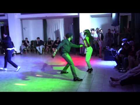 Terry SalsAlianza and Busra Araci | Social Salsa dancing Que Locura Enamorarme de Ti @ All-In Dance