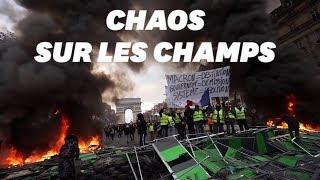 Le chaos sur les Champs-Élysées après le passage des gilets jaunes