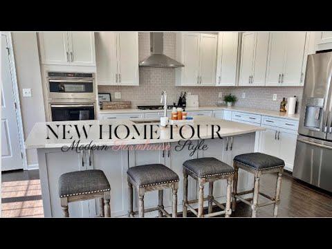 NEW HOME TOUR MODERN FARMHOUSE STYLE! 2019 | Livia Belle