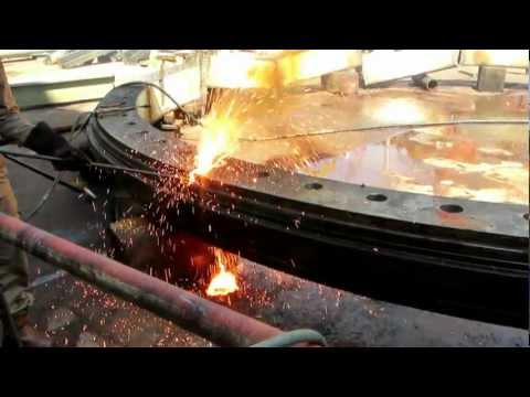 Thermal Lance In Action - Scrapping a 2 million dollar FPSO turret bearing