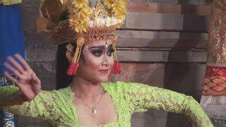 Video Wow! Cantiknya Penari Joged Bumbung dari Banjar Pondok, Duta Kota Denpasar - PKB 2017 download MP3, 3GP, MP4, WEBM, AVI, FLV Januari 2018