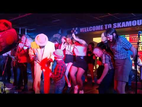 Moon-stomping Skinhead Girls Invade Stage At Skamouth.