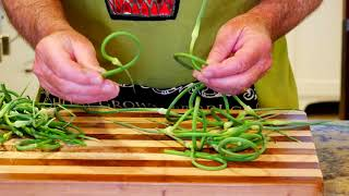 How to Harvest and Use Garlic Scapes