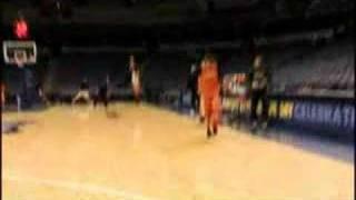 Nash kicks in a basket thumbnail