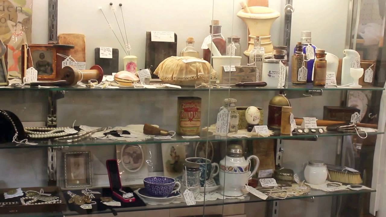 Antique Booth Tour By Vintage Touch Dealer July 2016