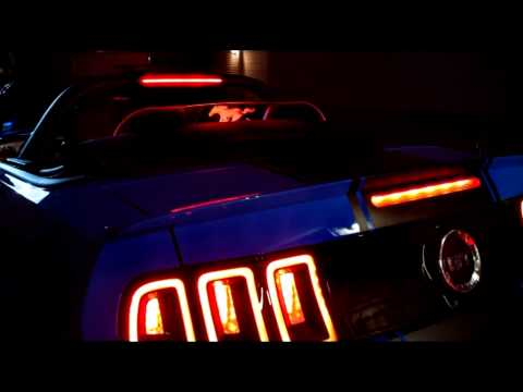 New Mustang Windscreen Lighted Windblocker Innovative Wind Deflector Official Licensed Product Ford