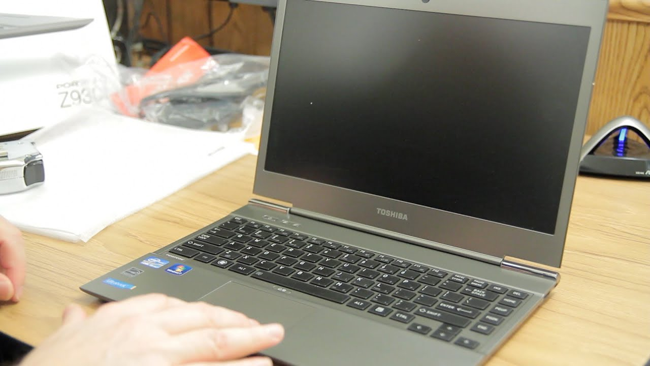 Toshiba Portege Z930 Intel Core I5 Windows 7 Ultrabook Unboxing