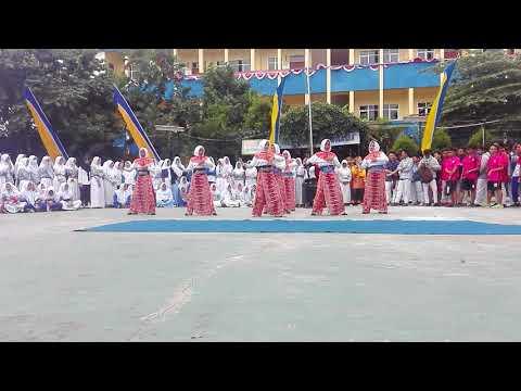 Demo Ekskul Indonesia Menari by TATRA SMK FARMASI Tangerang