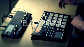 Finger Drumming On Waldorf Blofeld With Attack! Soundset And Korg Padkontrol