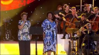 """Gwen Perry i Gisele Jackson - """" Que tinguem sort """"   (29-6-2013 Concert per la Llibertat)"""