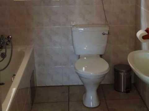 3.0 Bedroom Cluster For Sale in Helderkruin, Roodepoort, South Africa for ZAR R 1 270 000