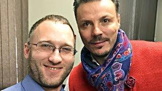 Смотреть видео Сходка подписчиков Сергея Симонова в отеле Брайтон в Москве в декабре 2017 года онлайн