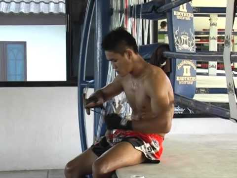 Kem Sitsongpeenong - Training for THAI FIGHT 2011 Final