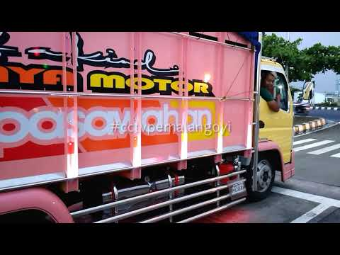 Full Download] Miniatur Truk Cakep Red Style