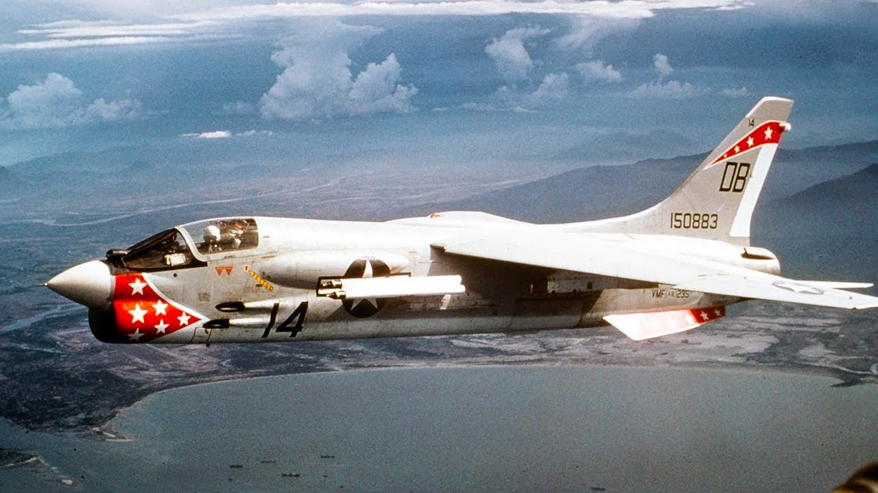 Vought F-8 Crusader - The Last Gunfighter - YouTube
