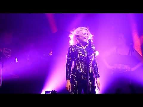Kim Wilde - Cambodia / Birthday (Paris La Cigale 26.05.18)