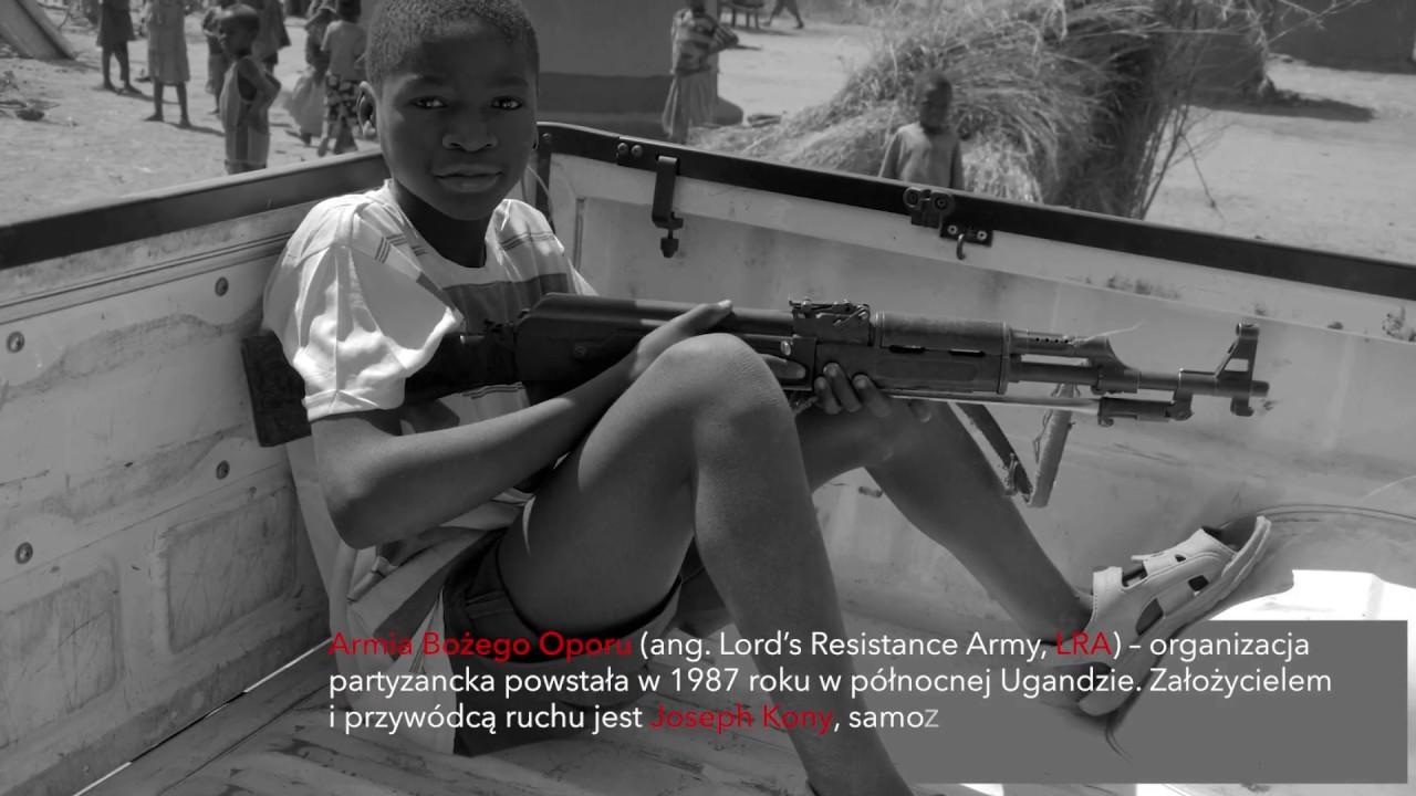 """""""Krew Aczoli. Dziesięć lat po zapomnianej wojnie na północy Ugandy"""" - wywiad"""